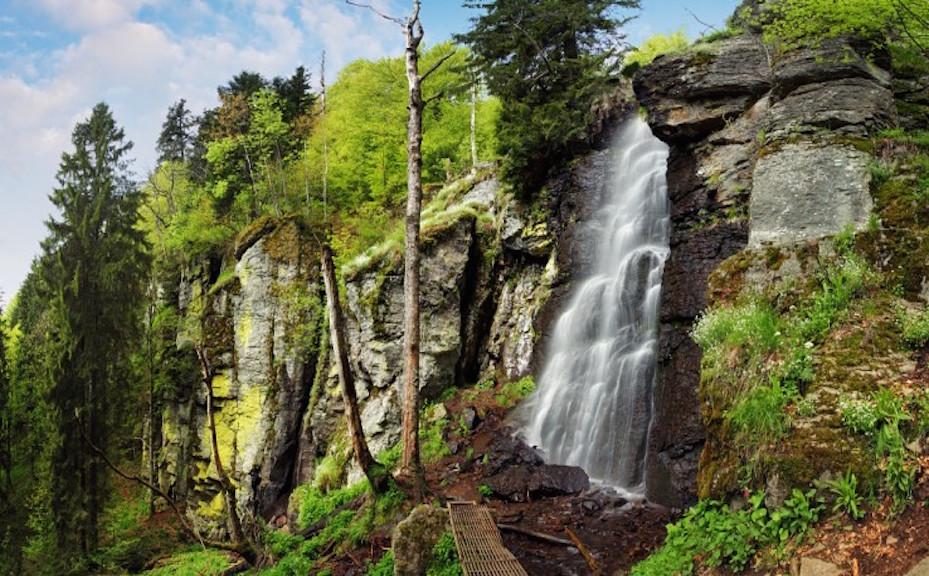 bystre-vodopad