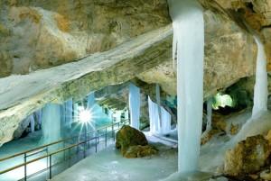 att-ladova-jaskyna